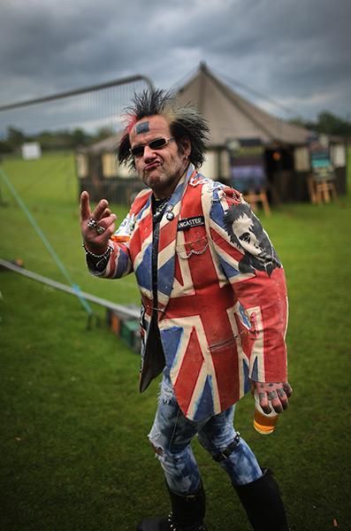 A punk gestures © Christopher Furlong