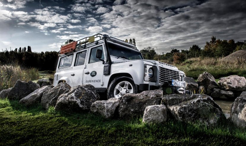 tim wallace car photographer landrover defender profoto 1